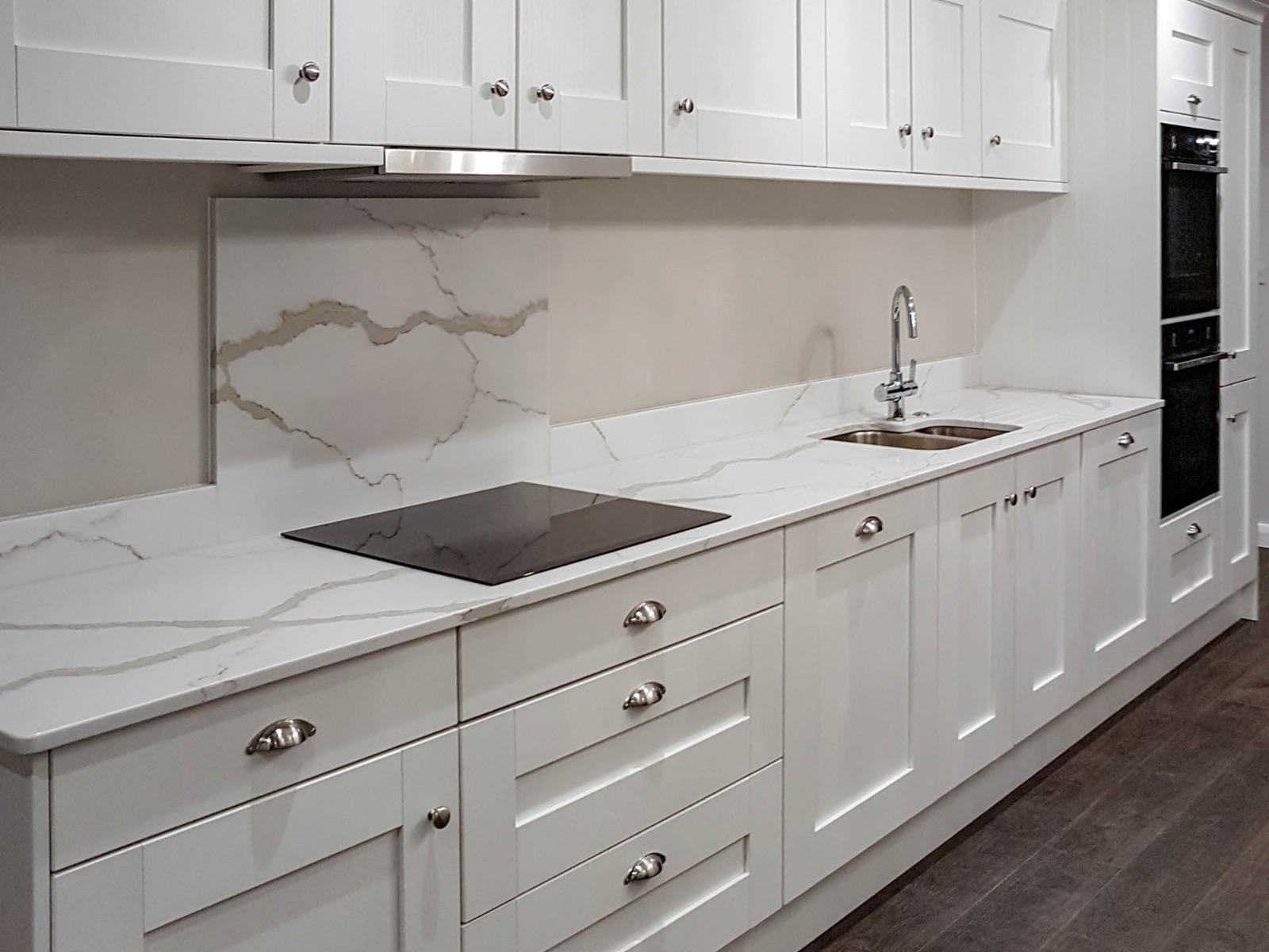 veined marble kitchen