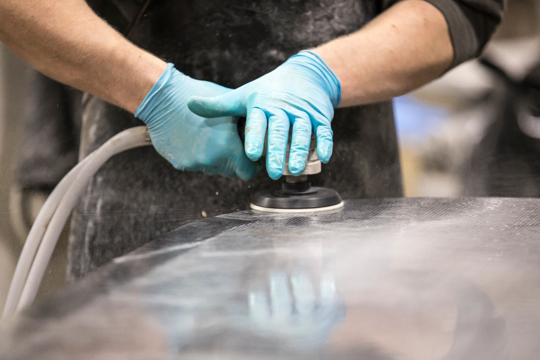Hand Wet Polishing - Stonegate Precision Tooling